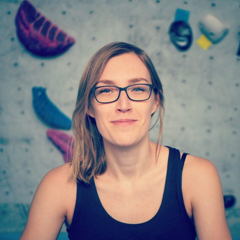 The Upshot of Migraines: How Juliane Fritz Found Relief in Bouldering and Podcasting