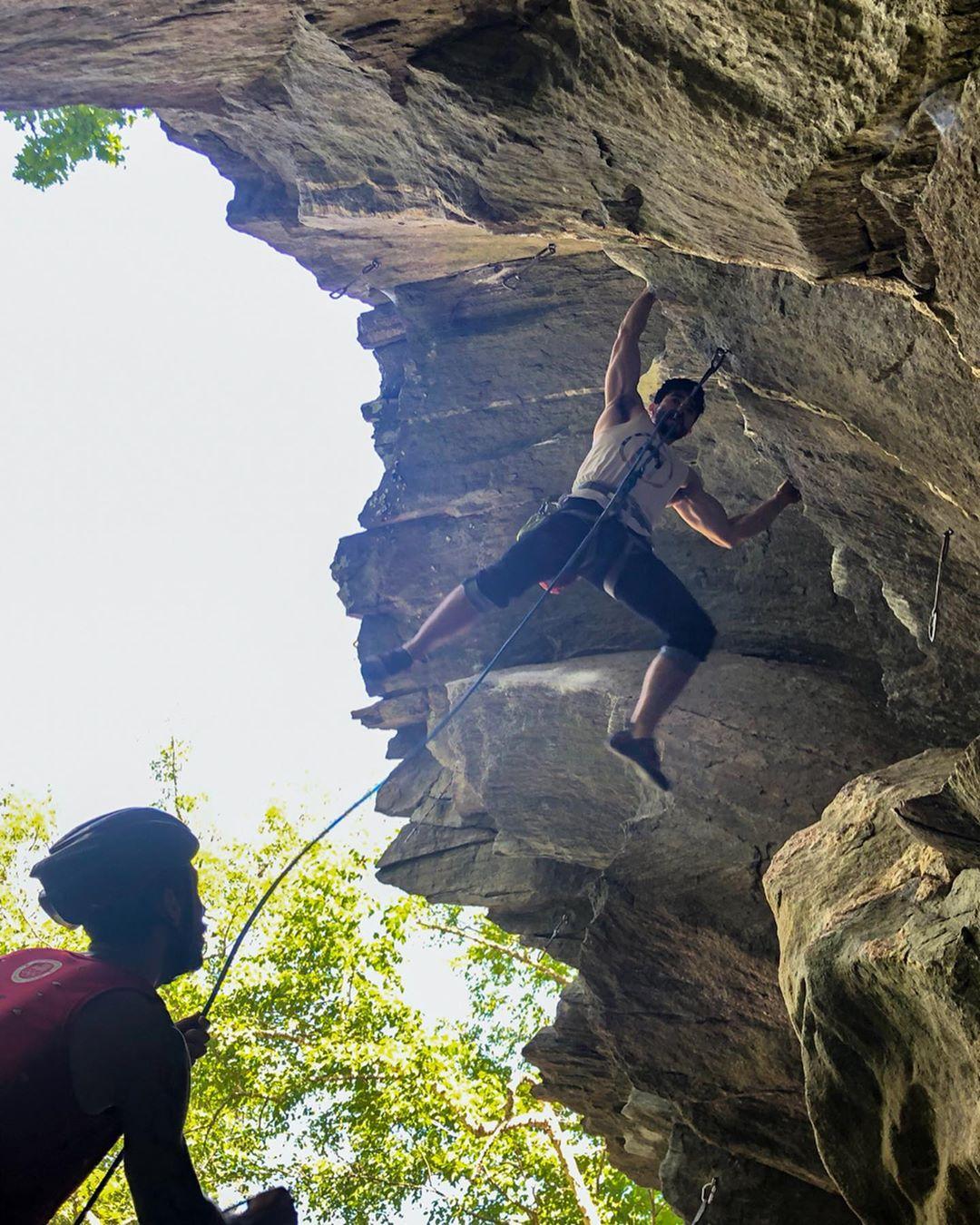 Training Journal – Bouldering (Hammond Pond), Sport Climbing (Rumney), Trail run: 6/17/19 – 6/23/19